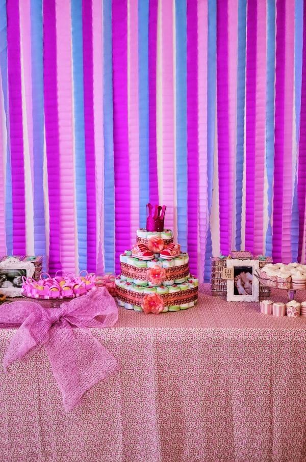 cortina de papel crepom lilas