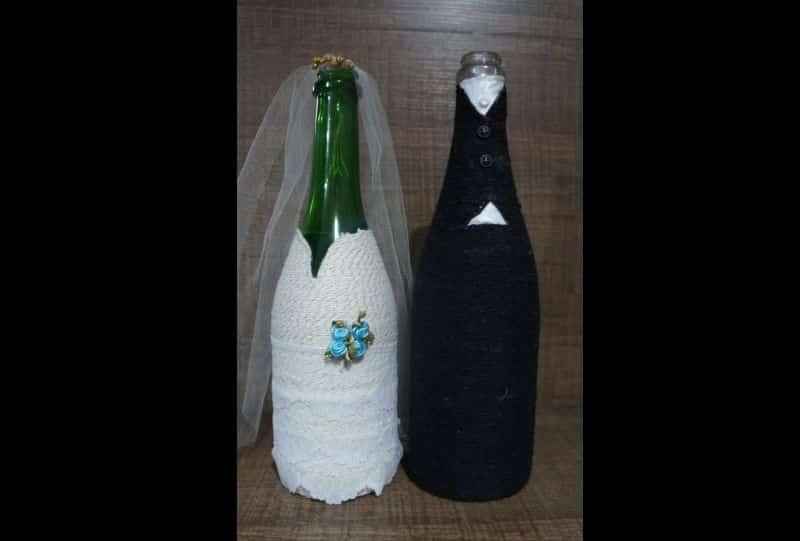 garrafa decorada noivos