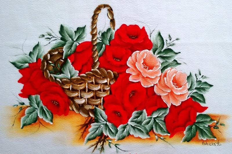 rosas pintadas em tecido com cesta