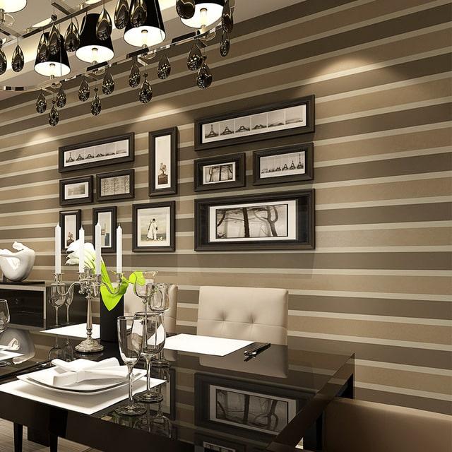 decoração com papel de parede listras