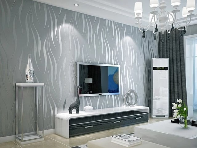 decoração com papel de parede prata