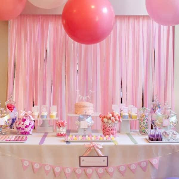 cortina de papel crepom rosa