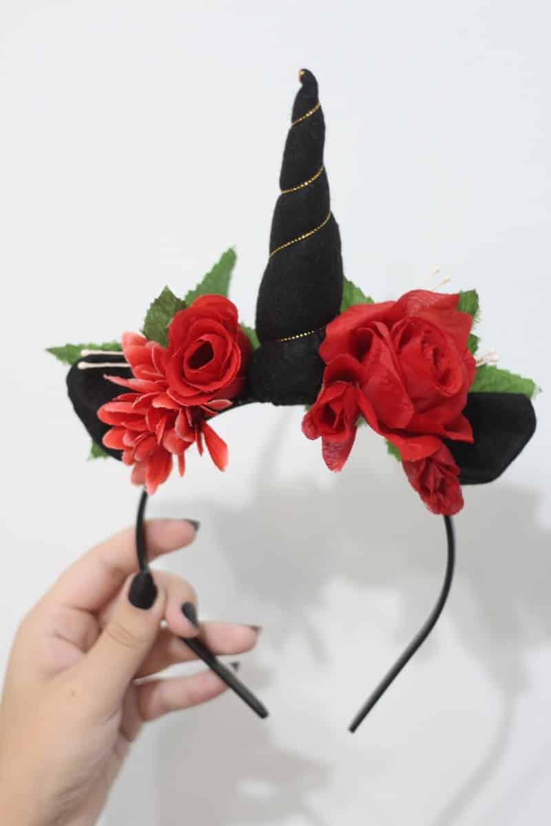tiara unicornio com rosas
