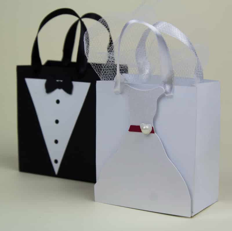 sacolinha de papel noivos