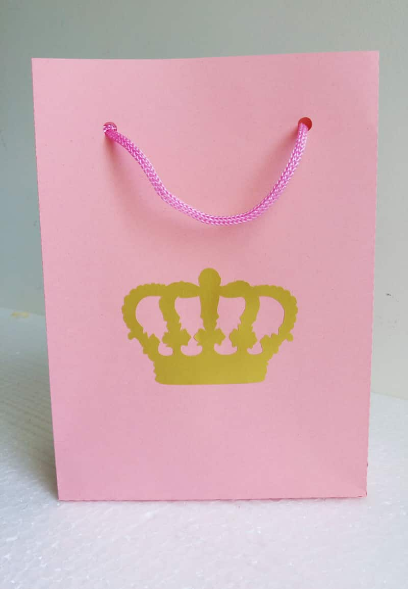 sacolinha de papel realeza