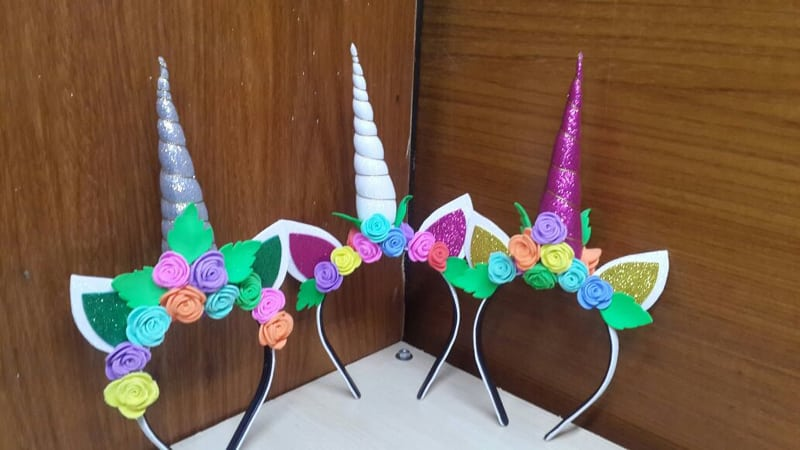 tiara unicornio colorida