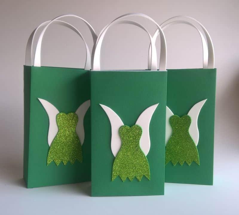 sacolinha de caixa de leite verde