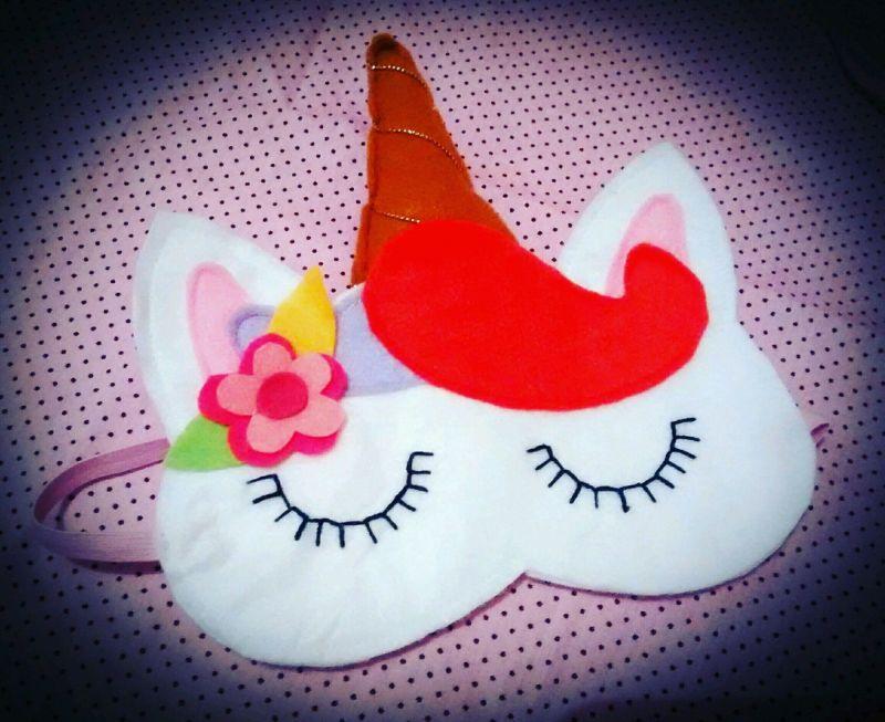 mascara de dormir unicórnio coral