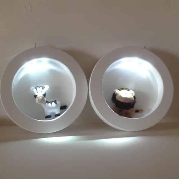 nicho decorado com luz