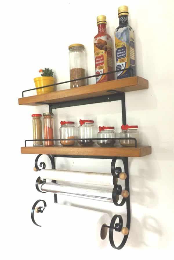 prateleira de cozinha metal