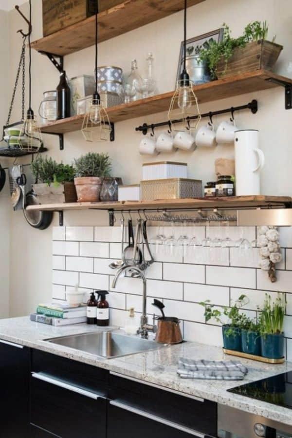prateleira de cozinha util