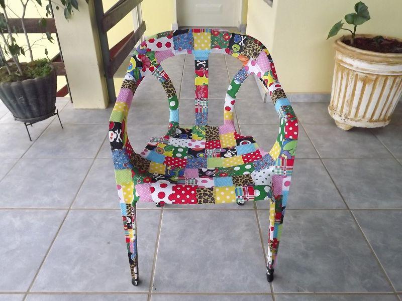mesas e cadeiras decoradas retalhos