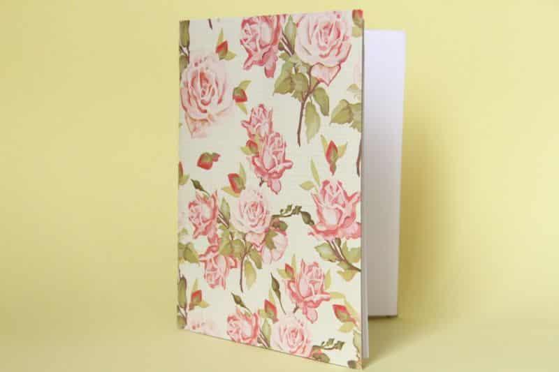 caderno decorado rosas