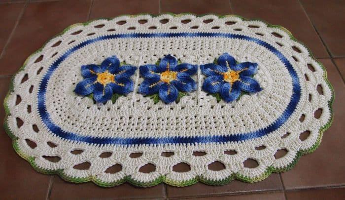 tapete croche flor colorida