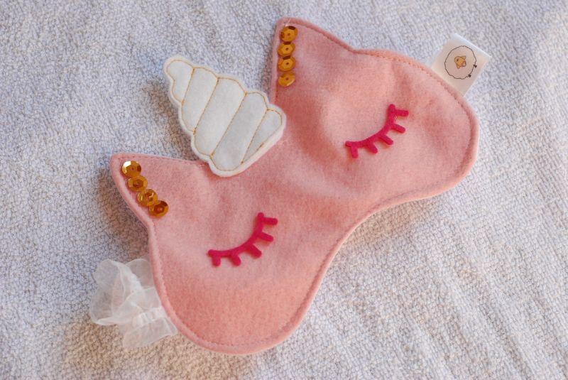 mascara de dormir unicórnio rosa