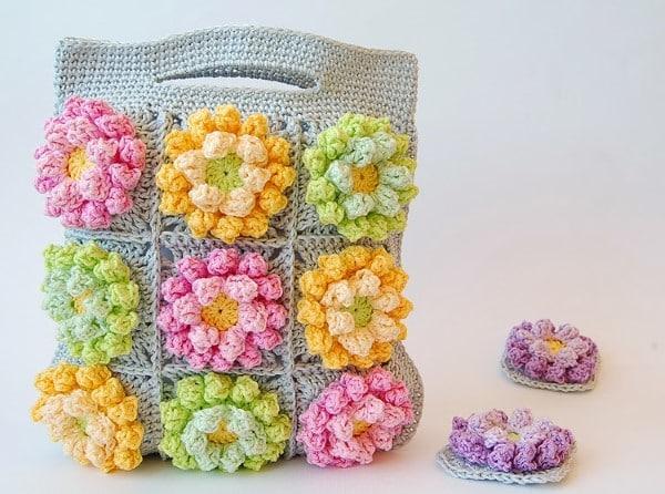 flores de crochê passo a passo para bolsa