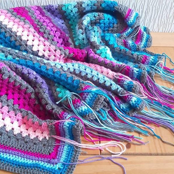 manta colorida com cores vivas
