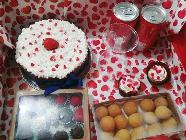 dd7848972ab8a3 Crie uma festa na caixa para um ente querido (Foto: elo7.com.br)