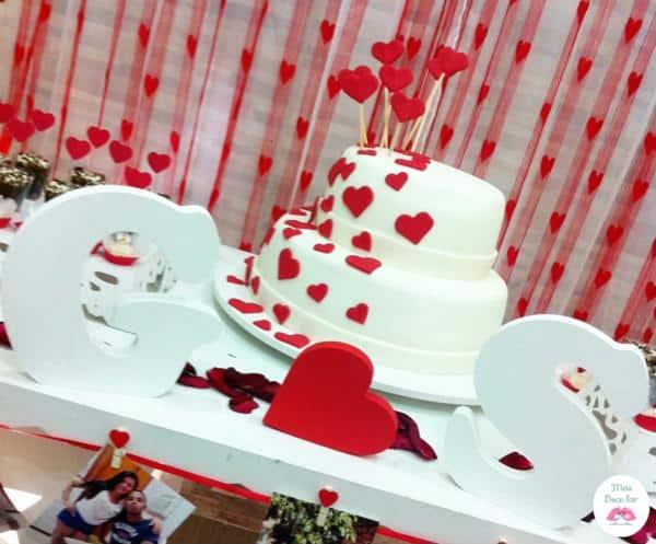 Mesa do bolo noivado