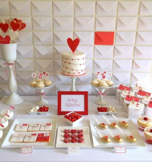 Detalhes para mesa de decoração de noivado