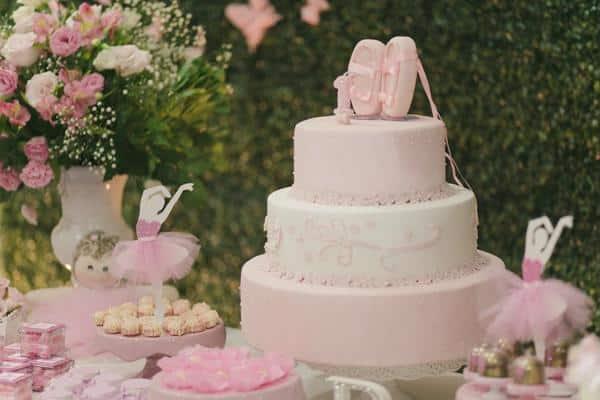 Mesa do bolo com tema bailarina