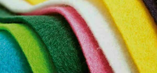 cores diversas em feltro