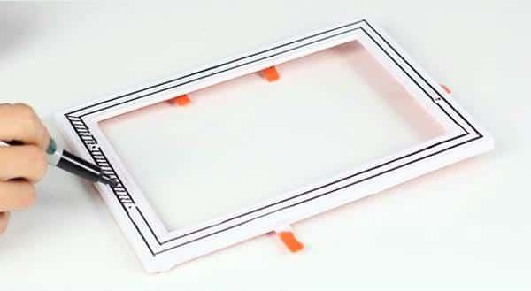 pintando bandeja espelhada