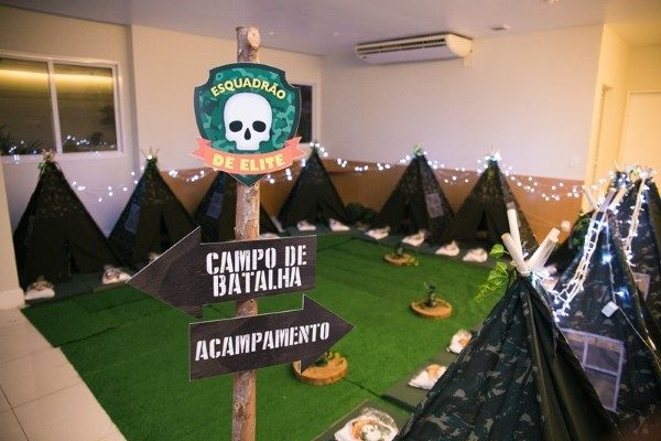 festa-do-pijama-acampamento-militar