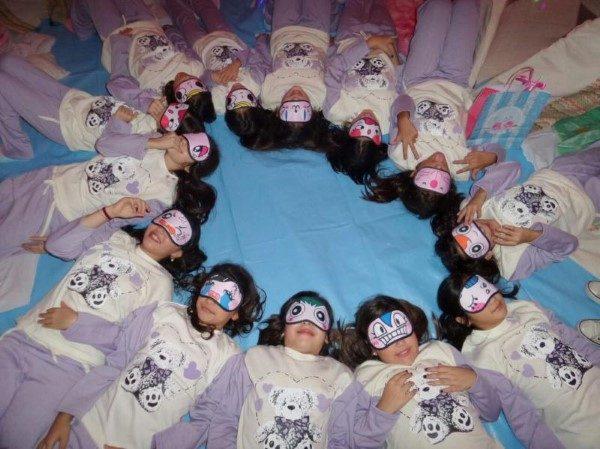 hora de dormir na festa do pijama