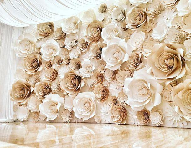 Mural De Flores De Papel Gigantes