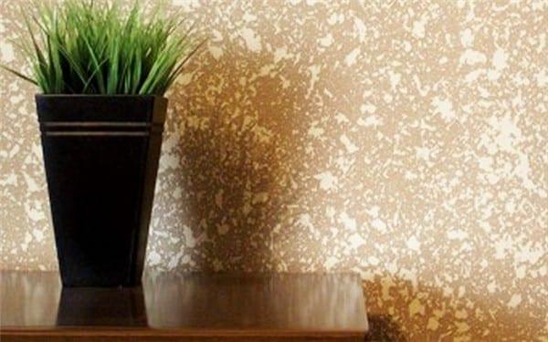 Textura projetada em parede com contraste