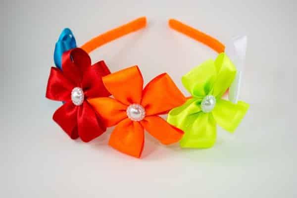 tiara-infantil-com-flores