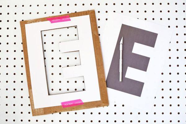 como fazer letra de papelão