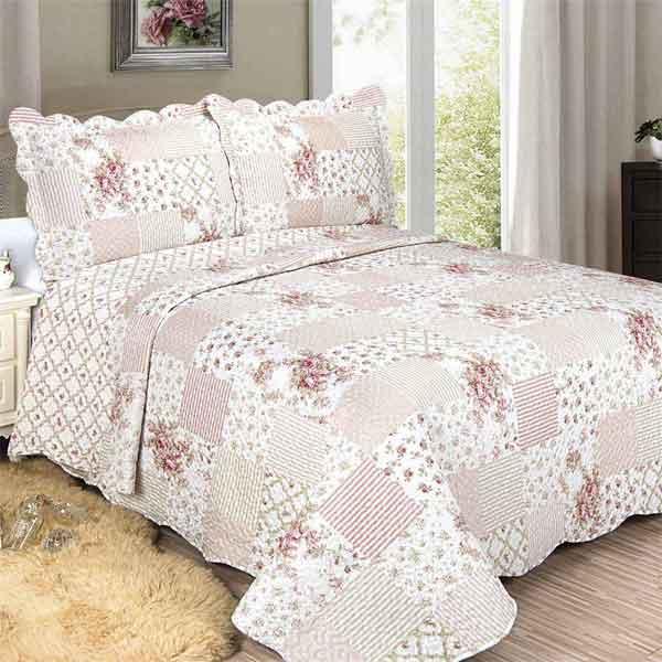 Colcha de casal cor de rosa em patchwork