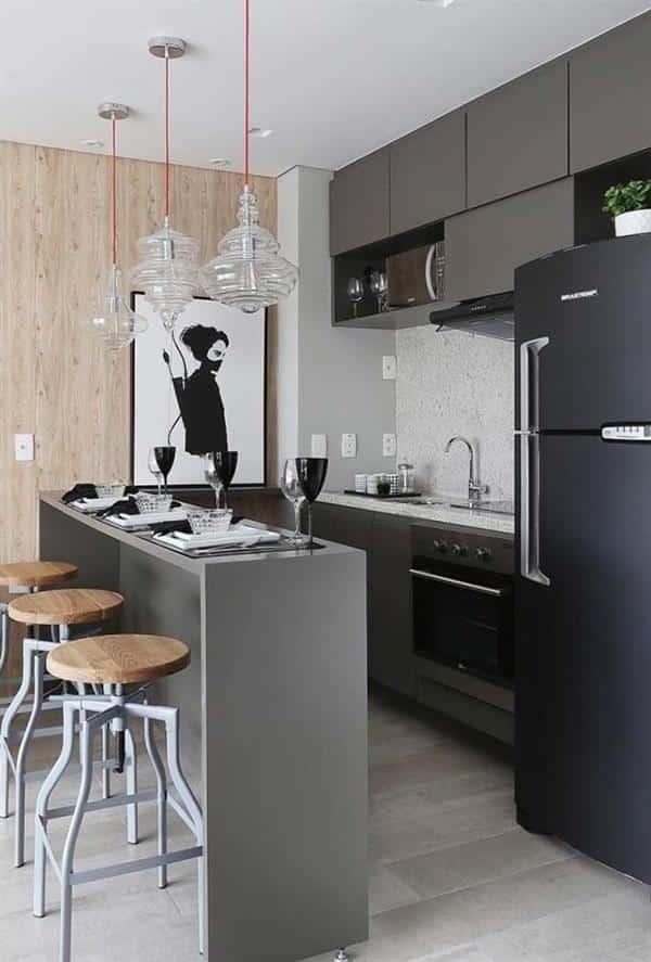 Cozinha com Quadro Preto e Branco
