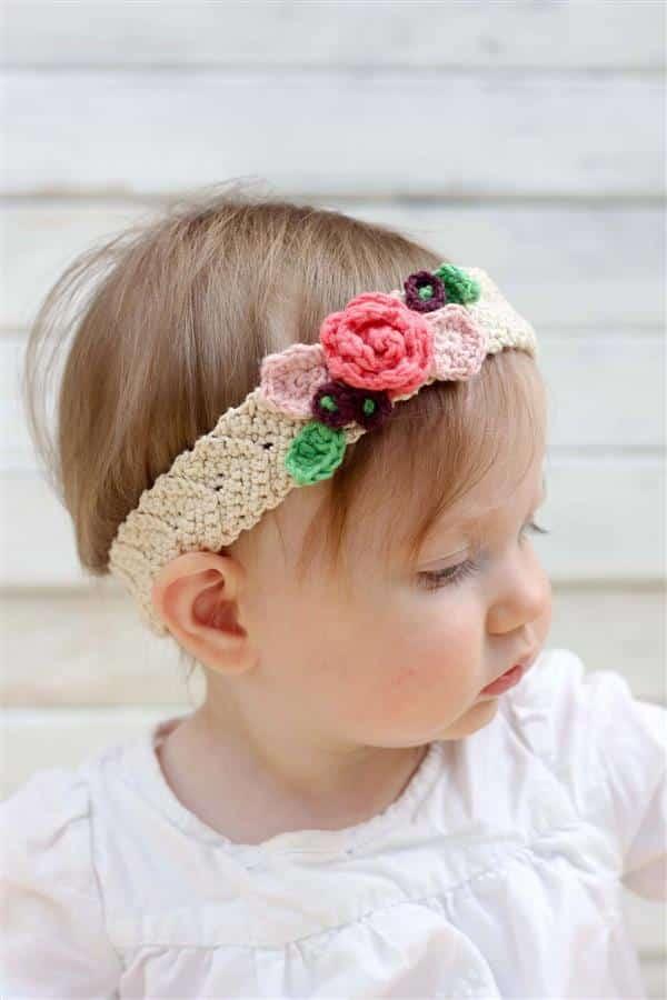 Tiara de Crochê com Flores