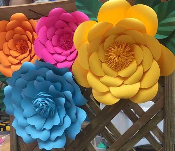 Flores de papel colorido