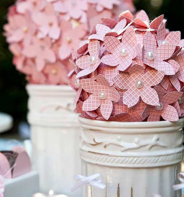 Flores pequenas de papel