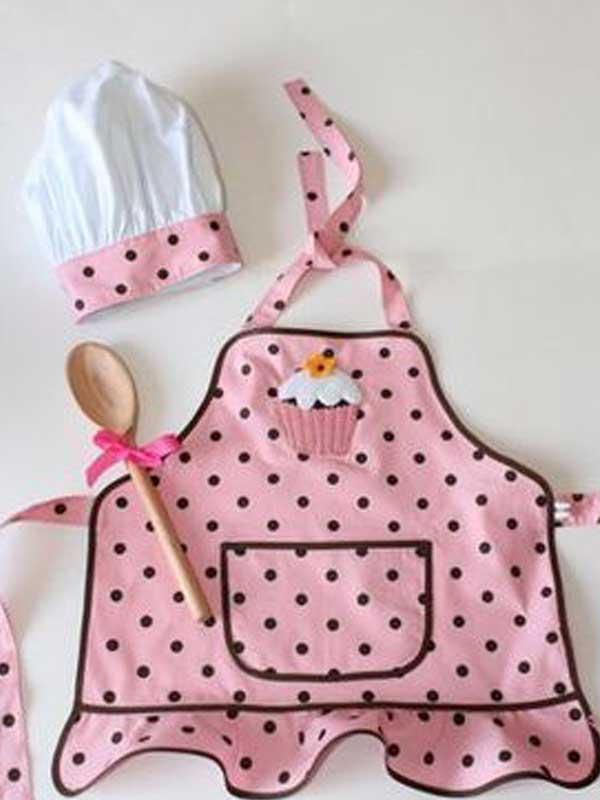 Modelo infantil de avental de cozinha