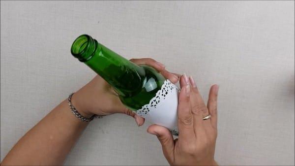 passo a passo centro de mesa com garrafa
