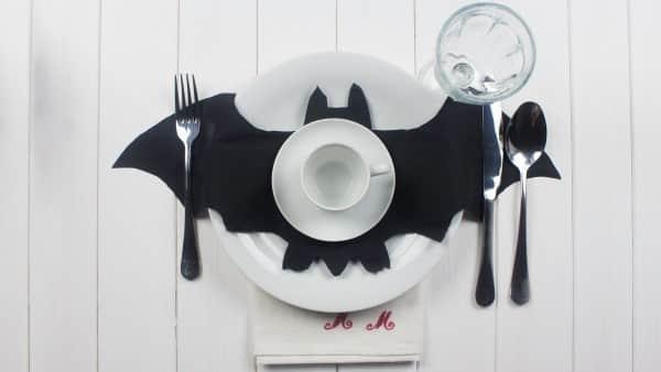 adorno de feltro morcego