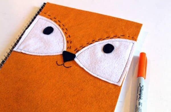 capa de caderno de feltro de raposa