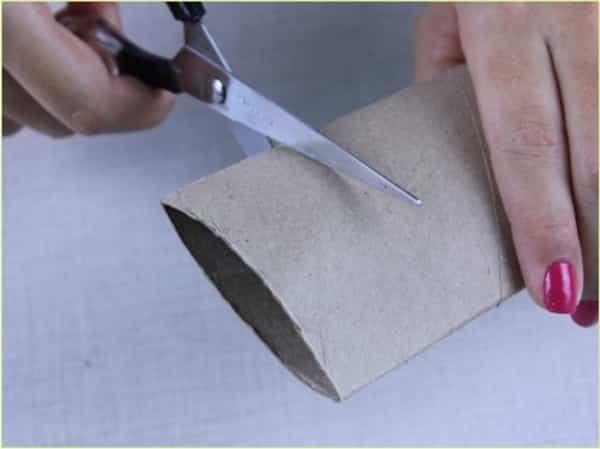 Pode cortar no tamanho desejado de acordo com a guardanapo que você vai usar 594d51d6fc5