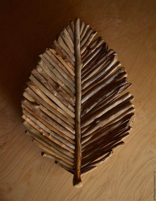 arte com pedaços de madeira