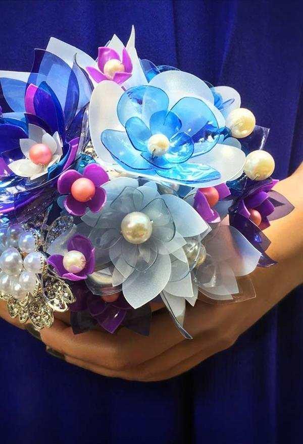 artesanato-com-garrafa-pet-buque de flores