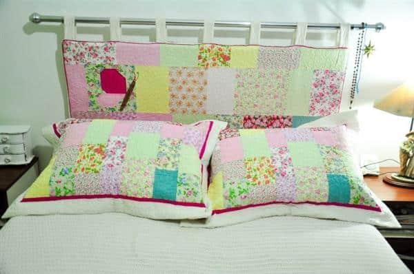cabeceira de cama em edredon