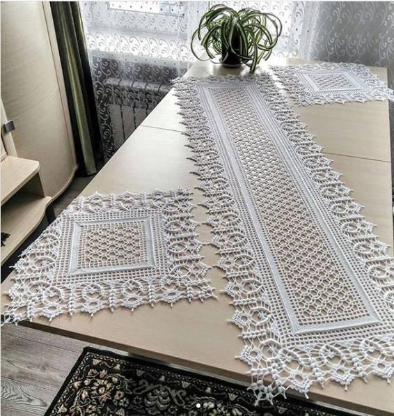 caminho de mesa lindo