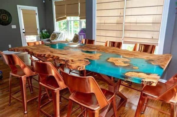 decoração com mesa resinada