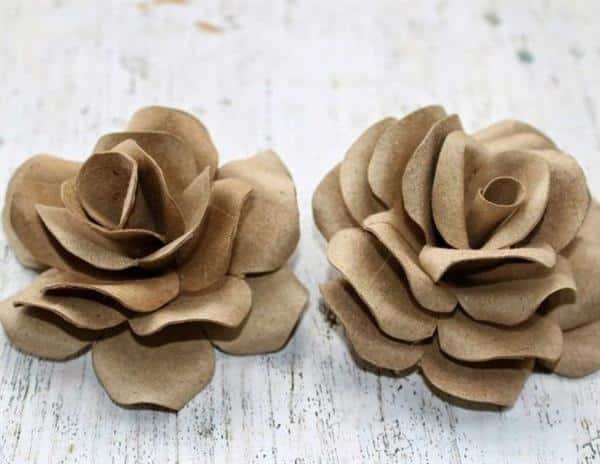 flores com rolo de papel higênico