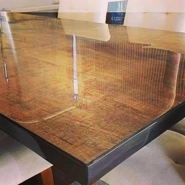 mesa-de-madeira-de-demolicao-resinada